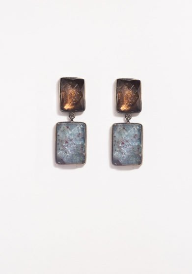 Orecchini pendenti in argento brunito e quarzo fumè