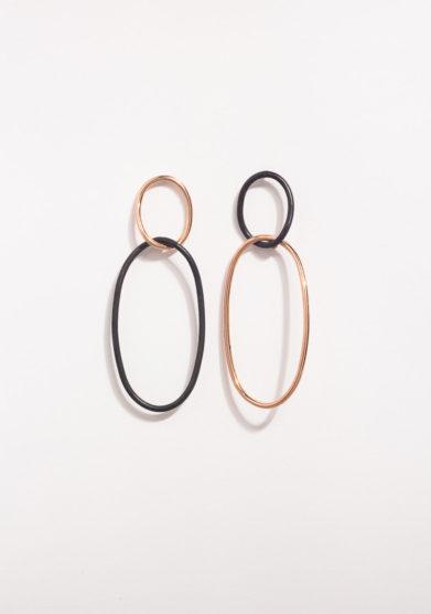 Orecchini ovali in oro rosa e argento brunito