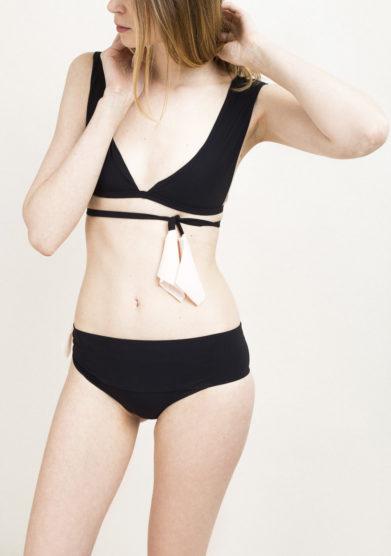 Top bikini nero