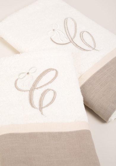 Coppia di spugne in puro cotone con bordatura in lino