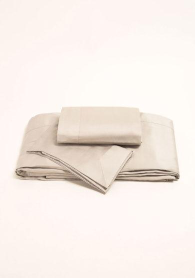 Completo letto in raso di cotone grigio perla