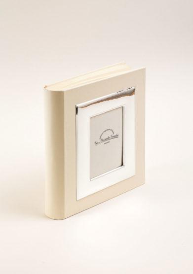Album fotografico con cornice in bilaminato d'argento