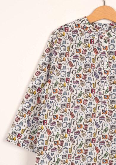 Camicia in cotone stampa strumenti musicali