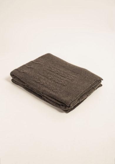 Coperta in puro cashmere tricot color castagna
