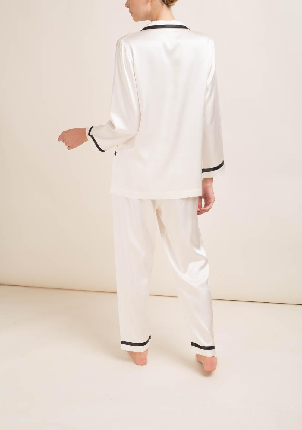 goditi la spedizione gratuita selezione mondiale di grande vendita LORETTA CAPONI - Completo pigiama in seta bianca - The ...