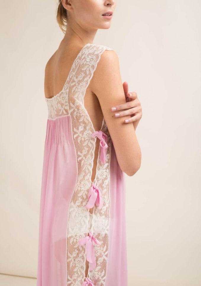 LORETTA CAPONI - Camicia da notte lunga in seta con fiocchi laterali