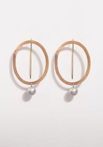 CREPUNDIA - Orecchini ovali in bronzo con perla grigia