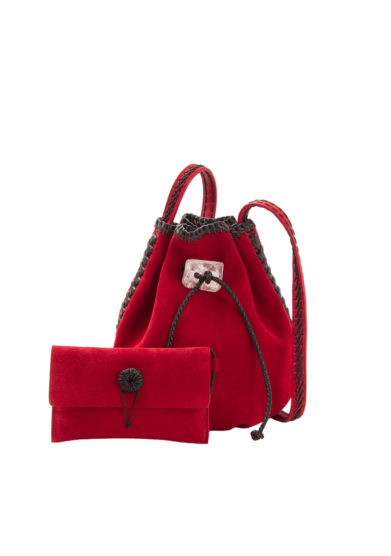 IACOBELLA - Small Nirmala ruby red bucket bag in suede