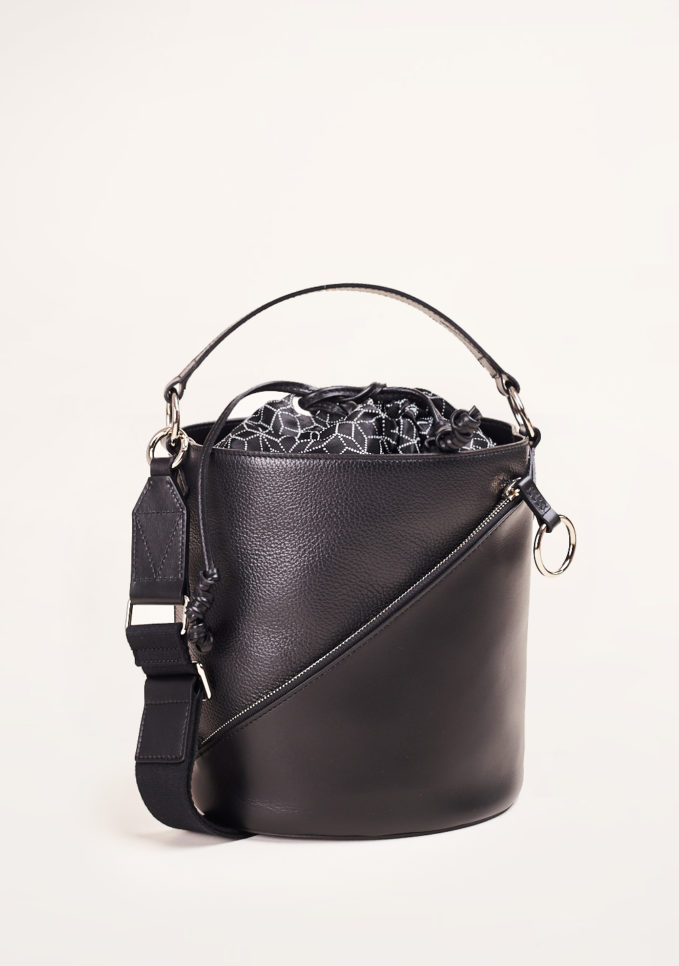 SIMONE RAINER - Black leather bucket bag