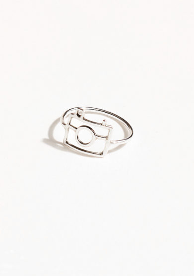 THIN THINGS - Silver camera ring