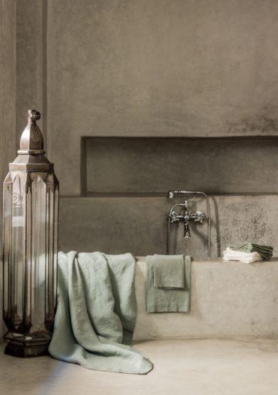 ONCE MILANO - Sage linen bath sheet