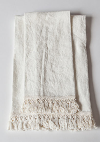 ONCE MILANO - White bath towels set with short fringe