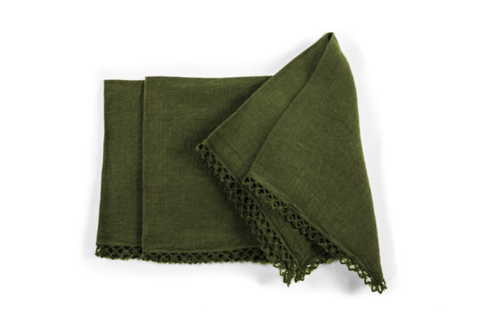 ONCE MILANO - Sequoia green napkin with macramè
