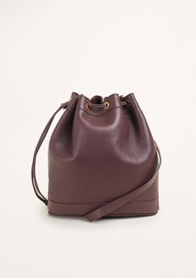 AMIRA BAGS - Large bordeaux bucket in textured leather