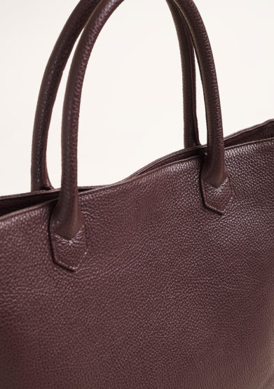 AMIRA BAGS - Large bordeaux shopper in textured leather