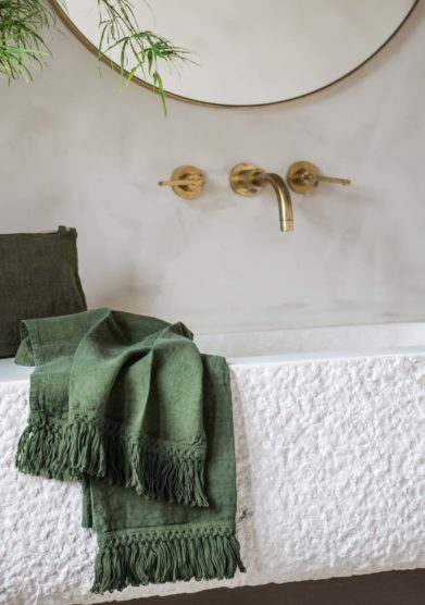 ONCE MILANO - Cream green bath towels set with long fringe