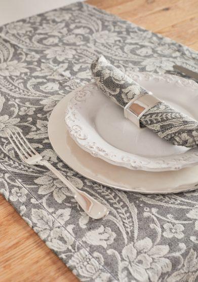 BUSATTI - Black donna di coppe napkin