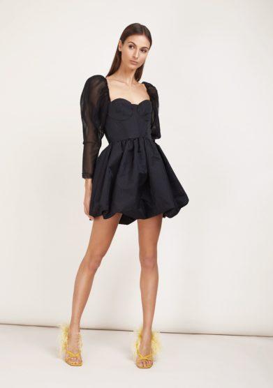 Amotea abito nero mini con maniche a palloncino