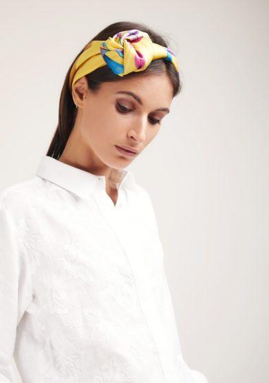 Mantero foulard seta giallo fantasia iris giallo