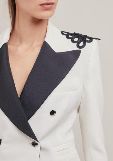 Nasco Unico blazer mini tuxedo doppio petto avorio bottoni neri