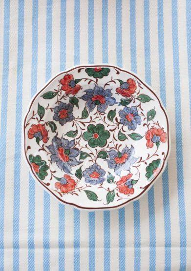 piatto fondo a fiori ceramiche San Marco il borro