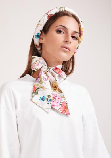 Mantero 1902+bluetiful milano the silkroad tiara bianco fiocco collo
