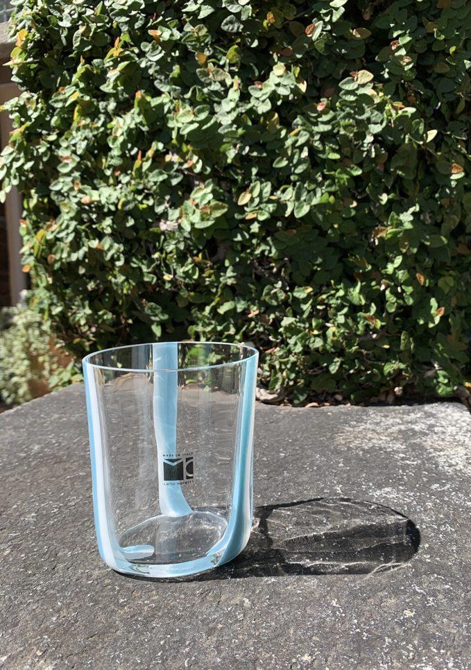 Bicchieri collezione Murano Carlo Moretti modello Bora celeste righe