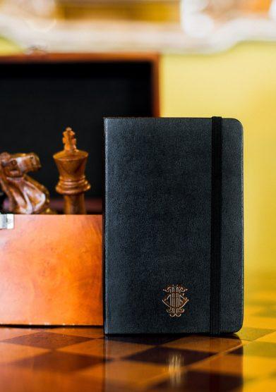 Grand hotel Tremezzo agenda Moleskine personalizzata logo oro