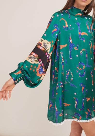 Annagiulia Firenze mini abito verde fantasia alfabeto armeno maniche a sbuffo polsino
