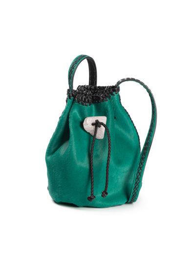 Iacobella borsa secchiello pelle cavallino verde chiusura pietra