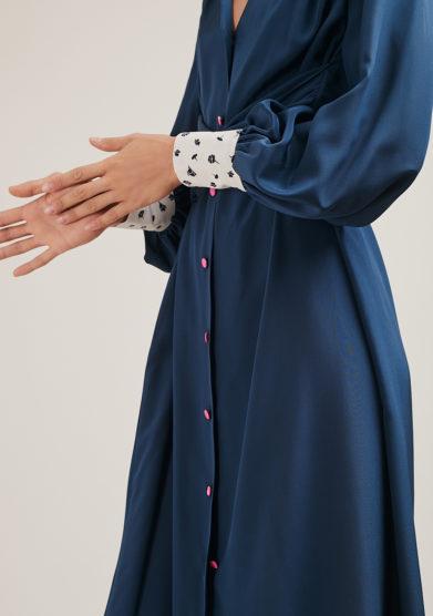 vestito Oopsy Daisy in seta crepe de chine blu vernisse