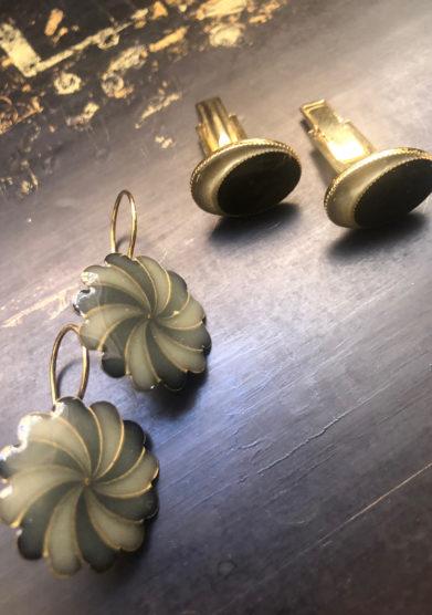 Bon bon orecchini bottone vintage girandola