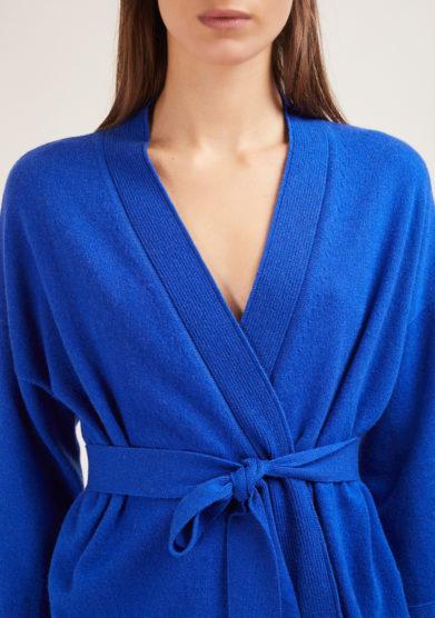 cardigan cashmere incrociato blu elettrico alyki