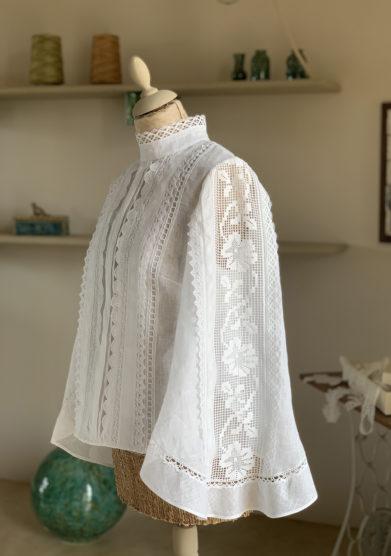 camicia lino Verdura resort manica ampia e merletti