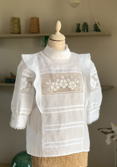 Verdura resort camicia lino manica sbuffo e crochet