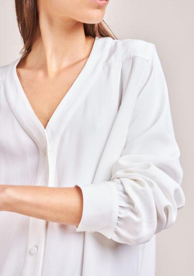 camicia bianca scollo v in seta chiara bloom