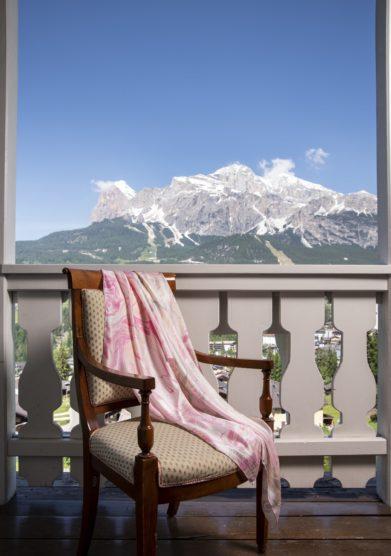 Cristallo Resort foulard genesi in seta enrosadira studio