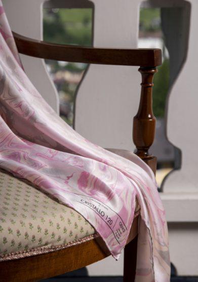 foulard genesi in seta enrosadira studio Cristallo Resort