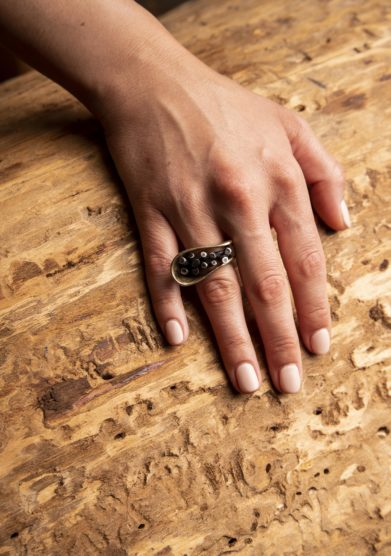 Cristallo resort anello In & Out Arriga gioielli