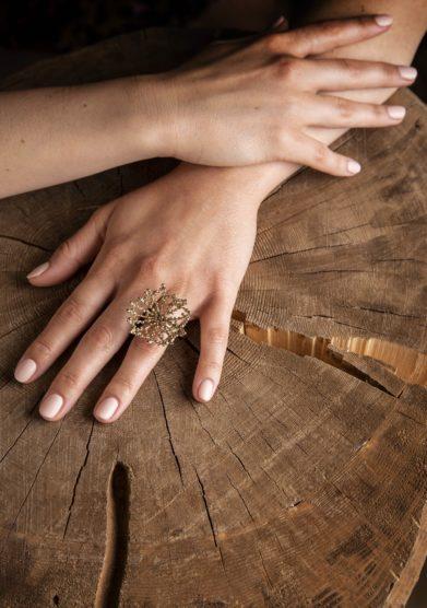 anello Rugiada Arriga gioielli cristallo resort