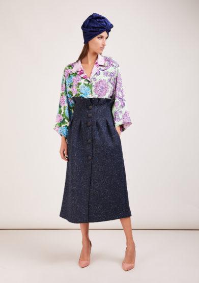 Susanna blu camicia artigianale in mix di sete stampate a fiori lilla manica ampia kimono